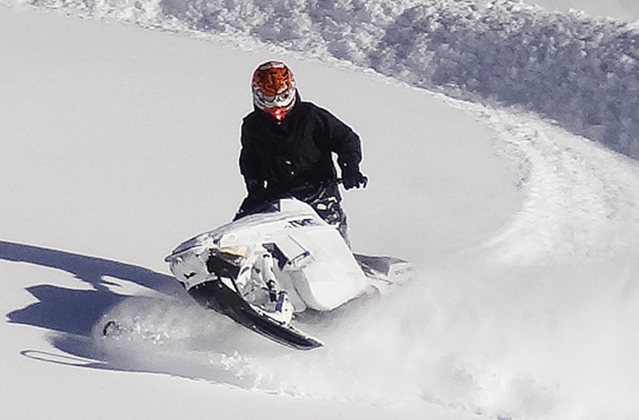 Snowmobiling In Powder How To Guide